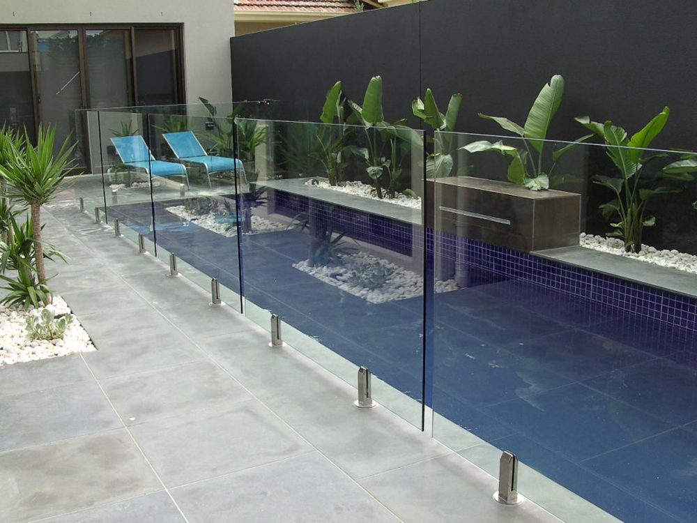 Glass-Fencing-for-Swimming-Pool-1024x768