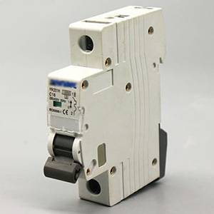 Miniature Circuit Breakers DZ48S 1P