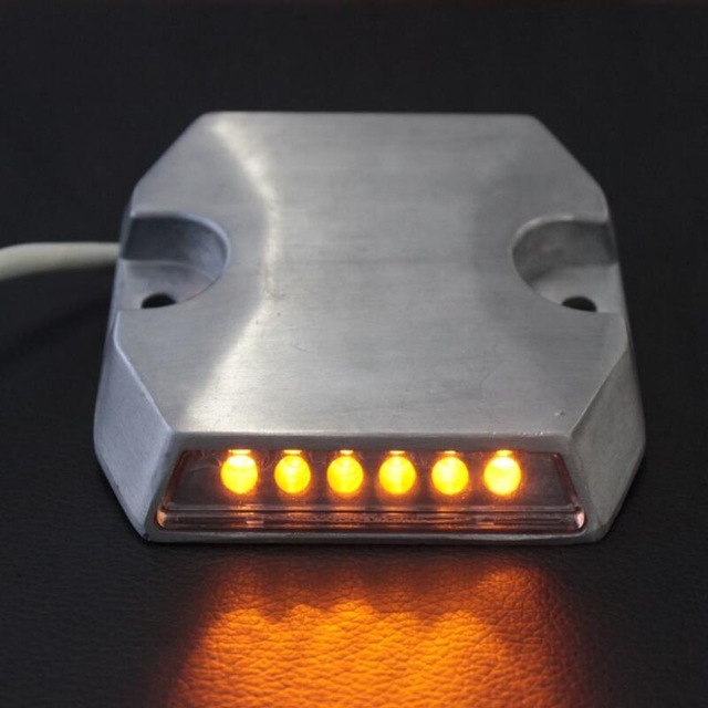 24-12VDC-Cast-Aluminum-10pcs-lot-high-brightness-LED-IP67-waterproof-Reflective-Wired-tunnel-Stud-SRS.jpg_640x640