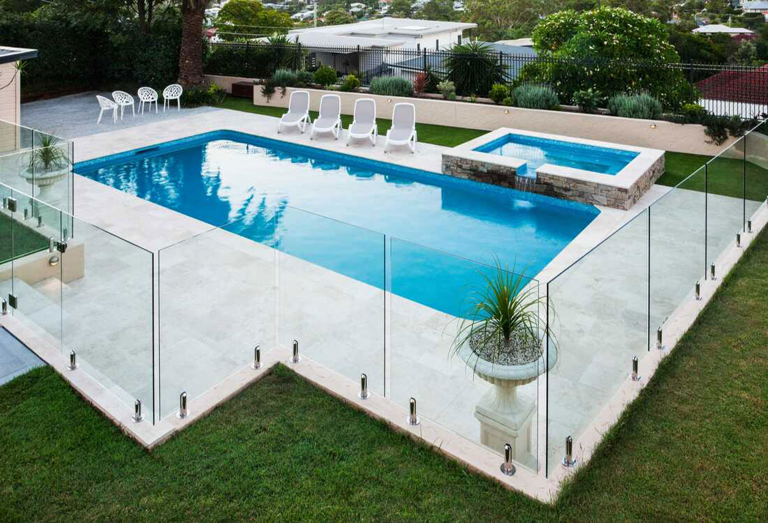 yongyu-glass-tempered-pool-fences